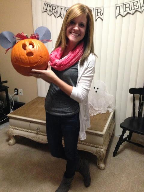 u+me: carving pumpkins, carving hearts
